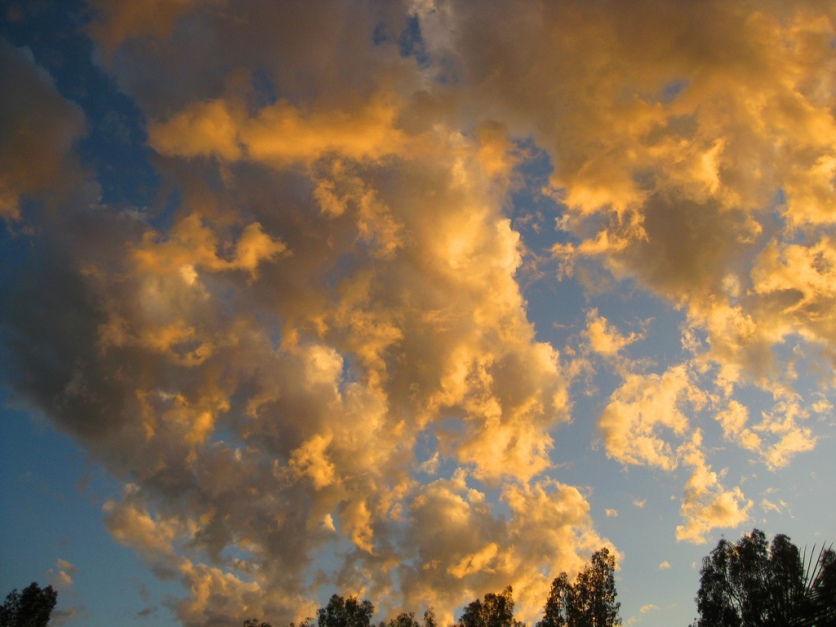 Maxfield Parrish-style clouds